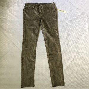 Love Fire Juniors Skinny Jeans Size 5 NWT